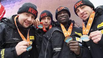 Silber an den Schweizer Meisterschaften 2012: Martin Galliker, Fabio Badraun, Abraham Morlu und Thomas Amrhein (von links nach rechts).
