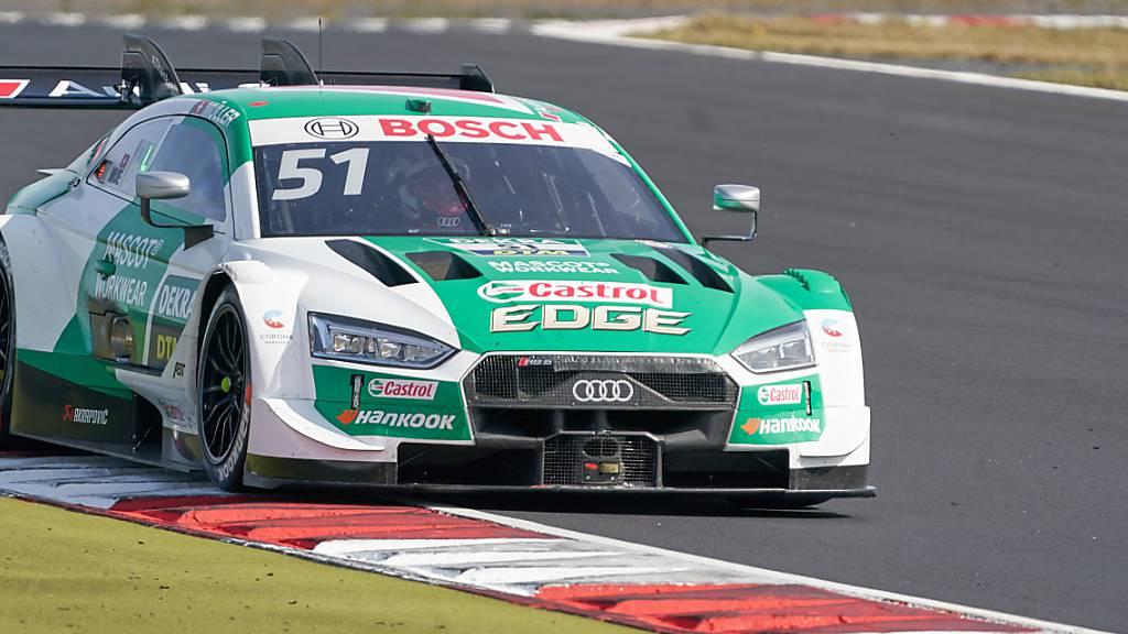 Nico Müller gibt mit seinem Audi Gas.