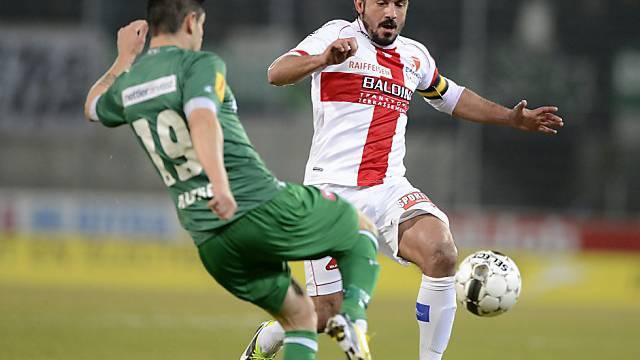 Gennaro Gattuso (r.) im Zweikampf mit Mario Mutsch
