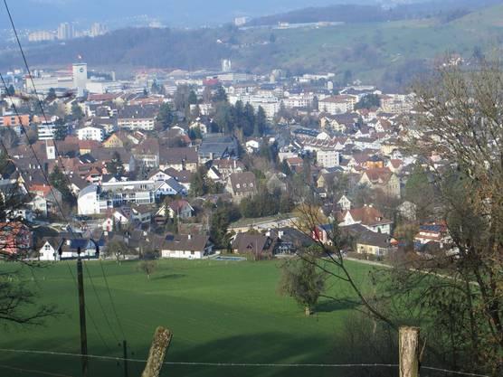 Der Blick auf Frenkendorf und die Nachbargemeinde Füllinsdorf