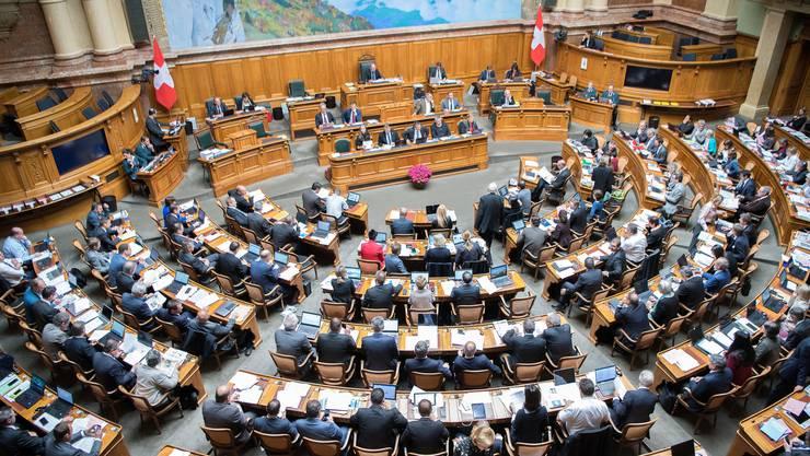 Das Parlament soll künftig Verordnungen des Bundesrats mittels Veto zurückweisen können.