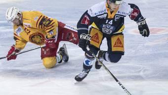 Zugs Verteidiger Livio Stalder (Nummer 14) erhält erstmals ein Aufgebot für die Schweizer Nationalmannschaft