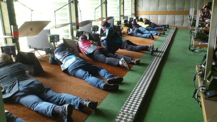 Schützen bei der Ausübung des Schiesssportes