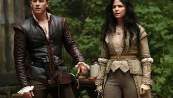 "Josh Dallas und Ginnifer Goodwin in ""Once Upon a Time"" (Archiv)"