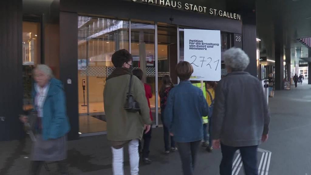 Petition: 2'721 Unterschriften für Erhalt von Handarbeit