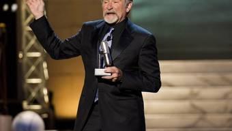 "Robin Williams nimmt in New York den Preis ""Stand-Up-Ikone"" entgegen"