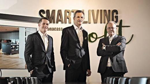 v.l.n.r: Alain Benz, neuer Geschäftsführer von bonacasa, Ivo Bracher, Gründer und Verwaltungsratspräsident, und Jacques Garnier, neuer Vorsitzender der Geschäftsleitung