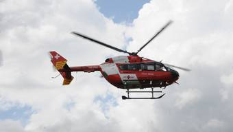 Rega-Helikopter im Einsatz. (Symbolbild)