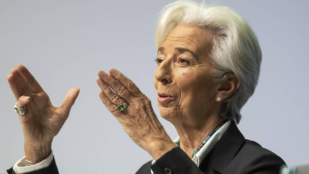 EZB-Präsidentin Christine Lagarde will das Tempo bei den Wertpapierkäufen durch die EZB hoch halten. (Archivbild)