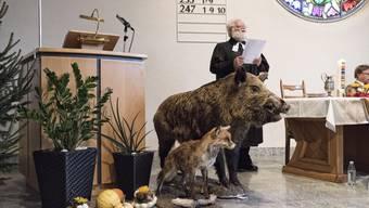 Pfarrer Rudolf Schmid bei der Hubertusmesse in Vordemwald.jpg
