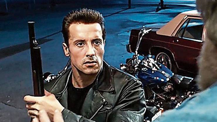 Hasta la vista, Arnold! Sylvester Stallone als «Terminator»? Deepfake-Technologie macht es möglich.