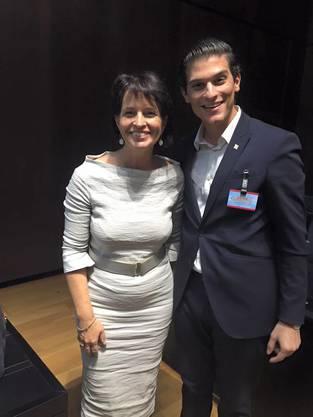JCVP-Nationalratskandidat Shpetim Xhemaili mit seinem Vorbild Bundesrätin Doris Leuthard.