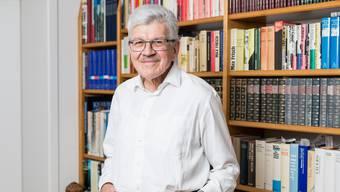 Alt-Regierungsrat Roland Brogli, portraitiert in seinem Haus in Zeiningen am 09. Mai 2017.