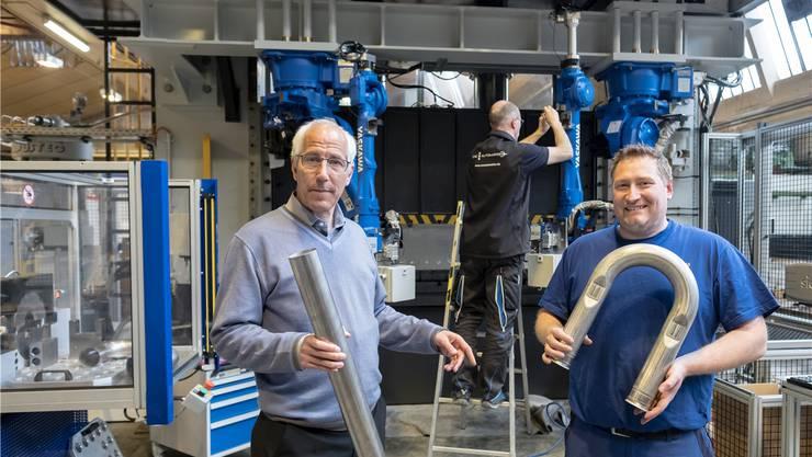 CEO Joey Schaffner (links) und Projektleiter Jens Meier in der noch nicht fertigen neuen Anlage. Kenneth Nars