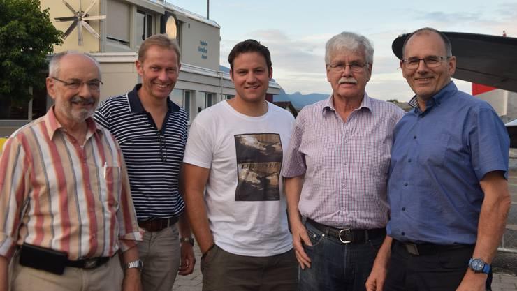 Das Organisationskomitee des ersten europäischen Fly-in`s für Elektroflugzeuge: Von links Alfons Hubmann, Rolf Stuber, Daniel Wenger, René Meier und Ernest Oggier.