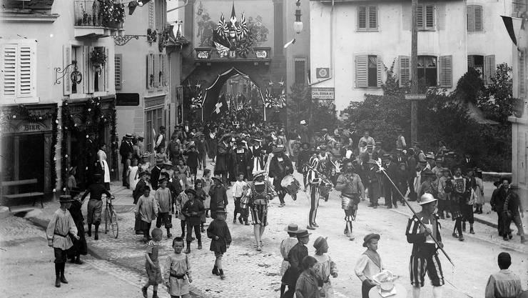 2019 soll das Törli frisch renoviert glänzen und zum Feste laden wie einst 1901 bei der 400-Jahr-Feier des Kanton Basel in der Eidgenossenschaft.