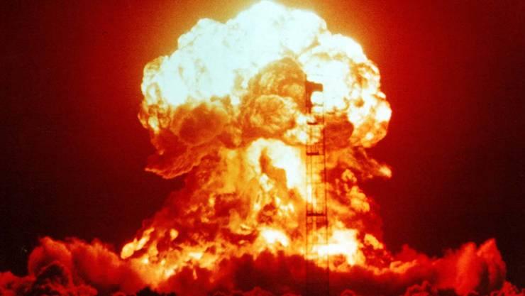 Explosion von Upshot-Knothole Badger 1953 auf der Nevada Test Site