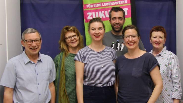 Von links Candidus Waldispühl, Siv Lehmann, Anna Engeler, Raphael Schär, Myriam Frey Schär und Iris Schelbert-Widmer. Es fehlt Beate Hasspacher.