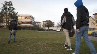 144 Asylsuchende hätte der Kanton Waadt zwischen Mai 2015 und April 2016 nach Dublin-System an einen anderen Staat überstellen sollen - nur in vier Fällen wurde dies auch tatsächlich gemacht. Im Bild ein Asylzentrum in Gland VD.