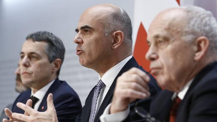 Bundespräsident Alain Berset erklärt, was sich der Bundesrat punkto Rahmenabkommen überlegt hat.