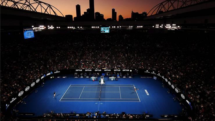 Glücklich der, der ein Ticket ergattert hat: Blick in die Rod Laver Arena, in der Federer und Wawrinka auftreten.