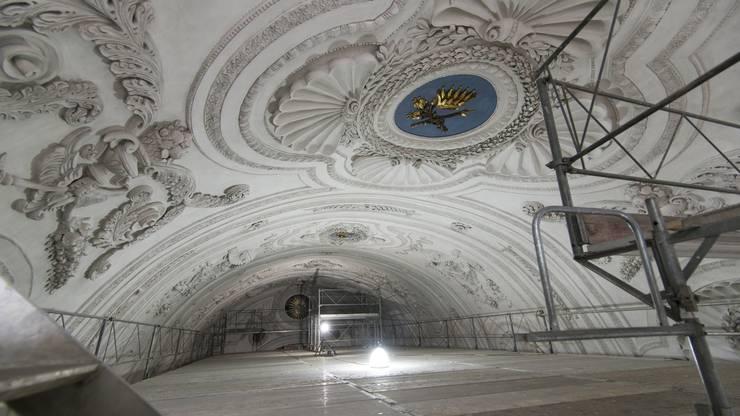 Wegen der Gerüste für die Handwerker ergaben sich im Innern der Kirche ungwohnte Perspektiven.