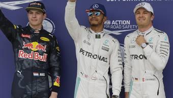 Das Podesttrio in Silverstone: Sieger Hamilton zwischen Verstappen (2.) und Rosberg (3.)