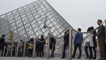 Der Louvre hat die Tore wieder geöffnet