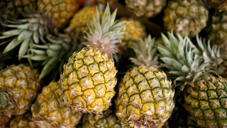 Nicht ganz so säuerlich, wie in der Deutschland: Ananas in der Schweiz.
