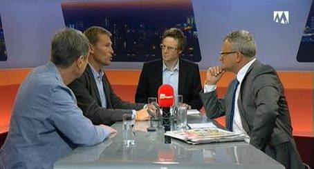 Psychologe Thomas Spielmann, Reto Huber (CVP-Fraktionspräsident ), Jonas Fricker (Präsident Grüne Aargau) und Moderator Werner De Schepper.