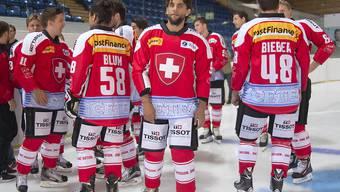 Severin Blindenbacher (Mitte) läuft künftig nicht mehr für das Schweizer Nationalteam auf