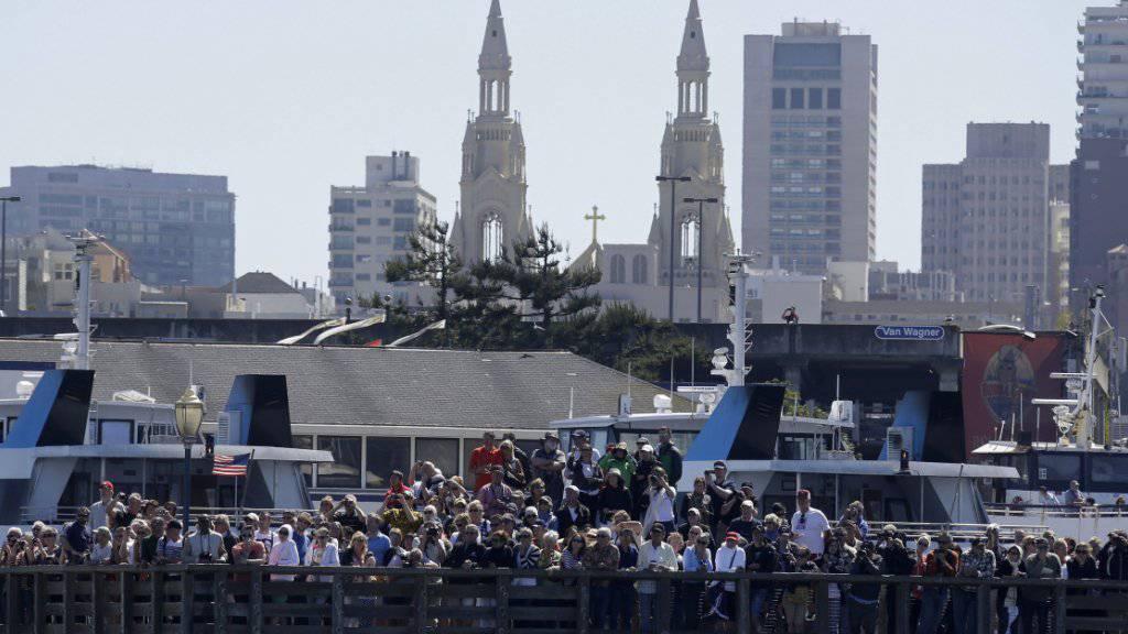 Verhaftung: Sicherheitskräfte in den USA haben laut eigenen Angaben einen Anschlag auf eine belebte Zone in der Grossstadt San Francisco verhindert. (Archivbild)
