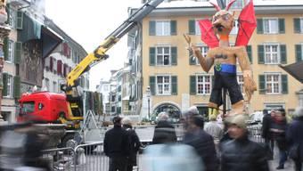 Solothurner Böögg steht fürs Verbrennen auf dem Märetplatz bereit