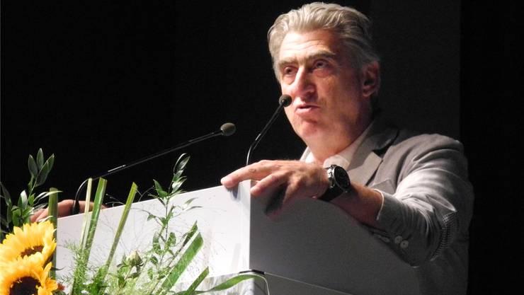 Swatch-Group-CEO Nick Hayek im Parktheater.