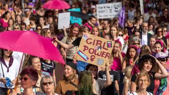 Die Demonstration zum Jahrestag des Frauenstreiks legte die Basler Innenstadt lahm.