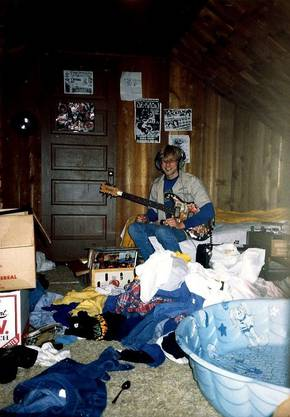 Ein undatiertes Foto des jungen Kurt Cobain