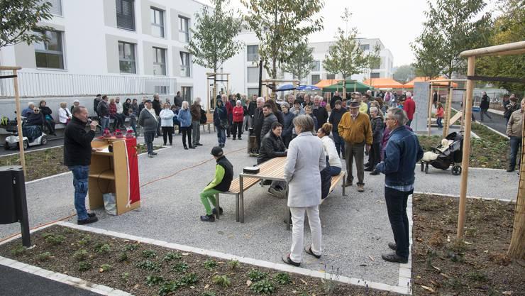 Das Dorfzentrum in Recherswil soll eine Akzentuierung erfahren. Ein erster Schritt erfolgte mit der Überbauung im Zentrum und der Einweihung des dort liegenden, neuen Begegnungsplatzes.