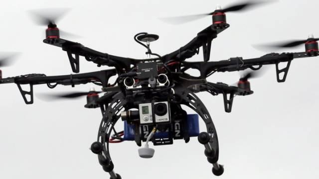 Die Schweizer Post testet Drohnen (Archiv)
