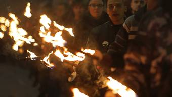 Rechtsextreme marschieren in Sofia auf.