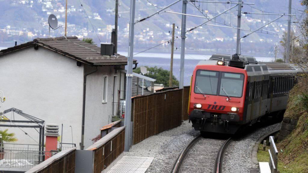 Malerisch gelegen, doch zuletzt mit Baustellen gespickt: Die Bahnlinie entlang des Lago Maggiore zwischen der Schweiz und Italien.