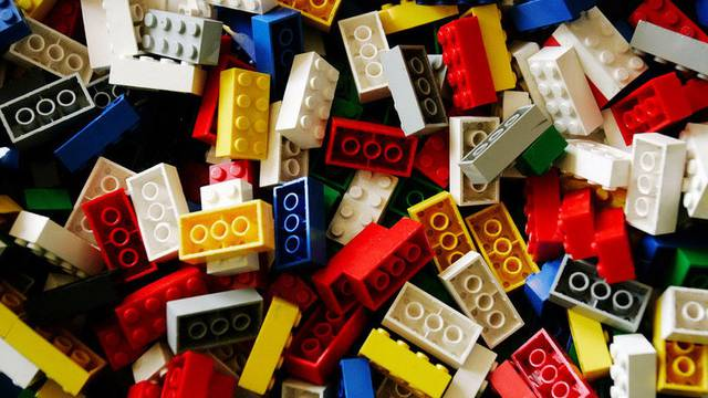 Ein deutscher Manager soll haufenweise Legosteine gestohlen haben (Archi)