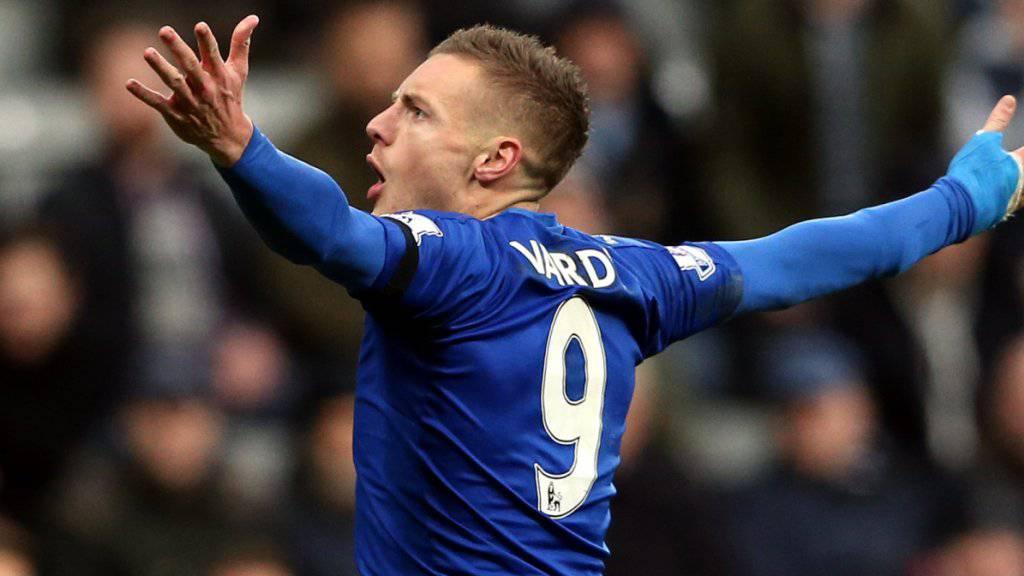 Lässt sich nach dem elften Spiel in Folge mit einem Treffer feiern: Leicesters Liga-Toskorer Jamie Vardy