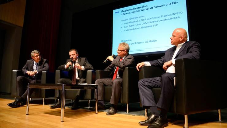 Podiumsdiskussion mit (von links) Josef Maushart, Walter Wobmann, Werner De Schepper und Sven Zybell.