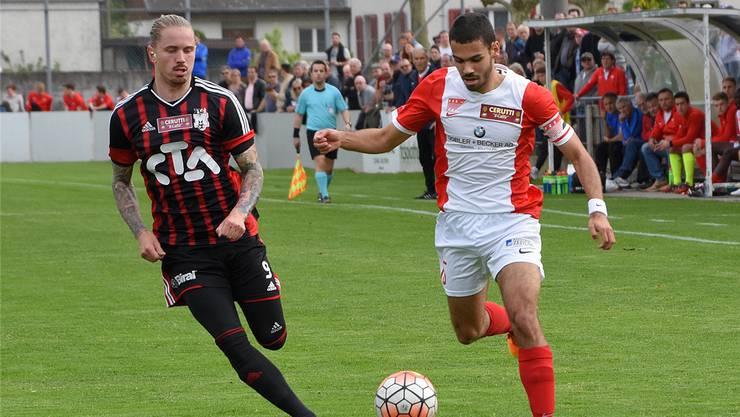 Solothurns Captain Marc Du Buisson (rechts), hier im Spiel gegen Münsingen, konnte mit seinem Verein nicht gegen Echallens gewinnen.
