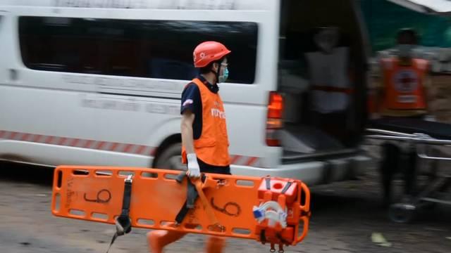 Höhlen-Drama Thailand - Gift-Opfer - Unwetter-Tote in Japan