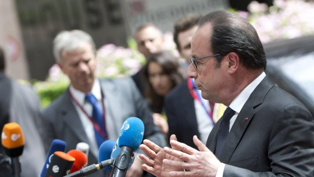 Im Zeichen der Brexit-Abstimmung: Vor Beginn des EU-Gipfels in Brüssel hat der französische Präsident François Hollande London zum raschen Handeln aufgefordert.