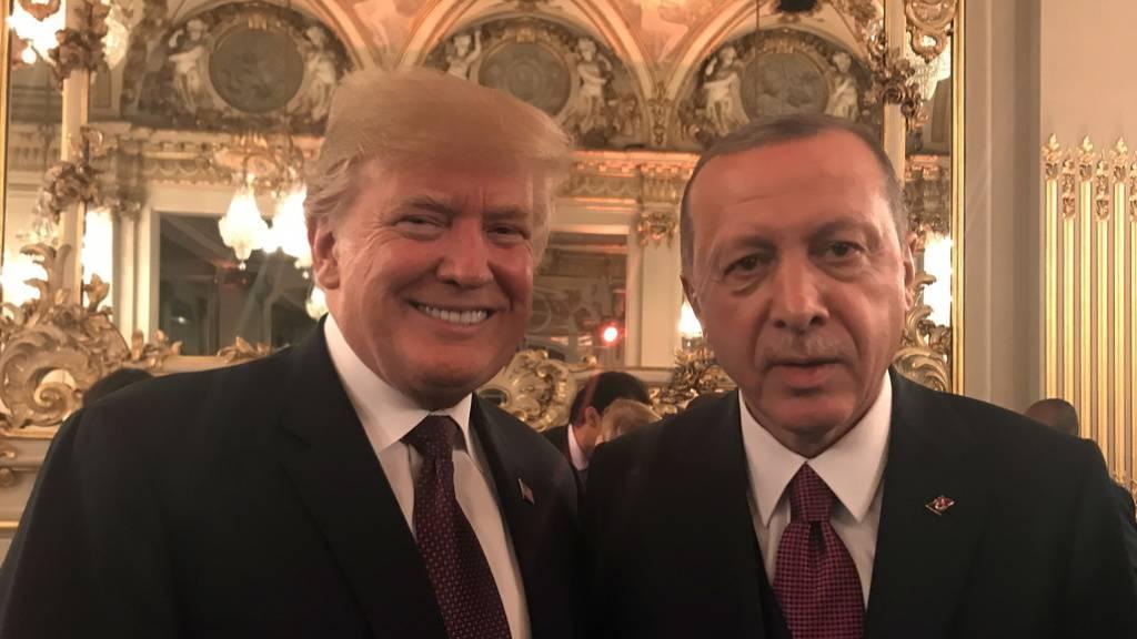 Erdogan spottet über Trump
