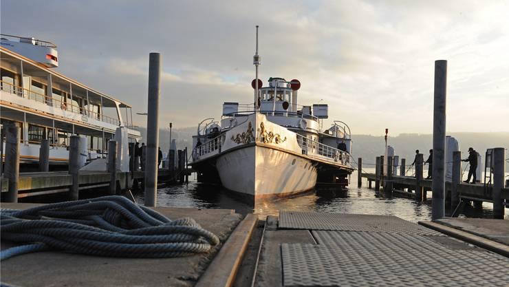 Das Dampfschiff Stadt Zurich Fallt Langer Aus Limmattal