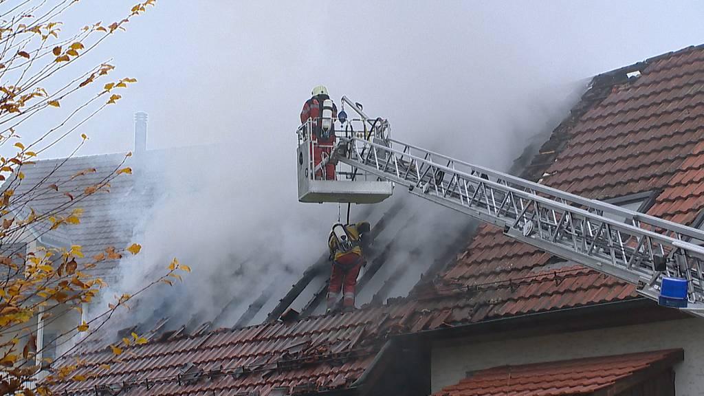 Urdorf: Feuer in Schopf verursacht grossen Sachschaden