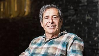 Roger Schawinski ist ein Vielleser. Er ordnet seine Bücher nach Genres und Nationalitäten der Autoren. Der Rest ist Chaos.